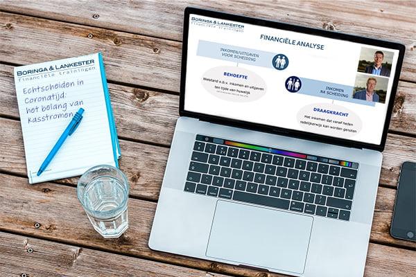 Laptop met Online Cursus Echtscheiden Coronatijd